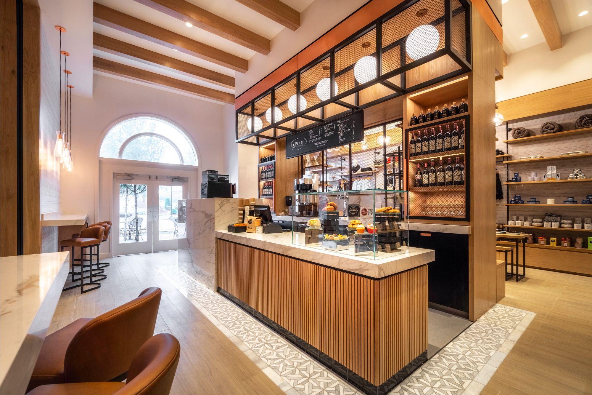 Le Petit Cafe Braselton