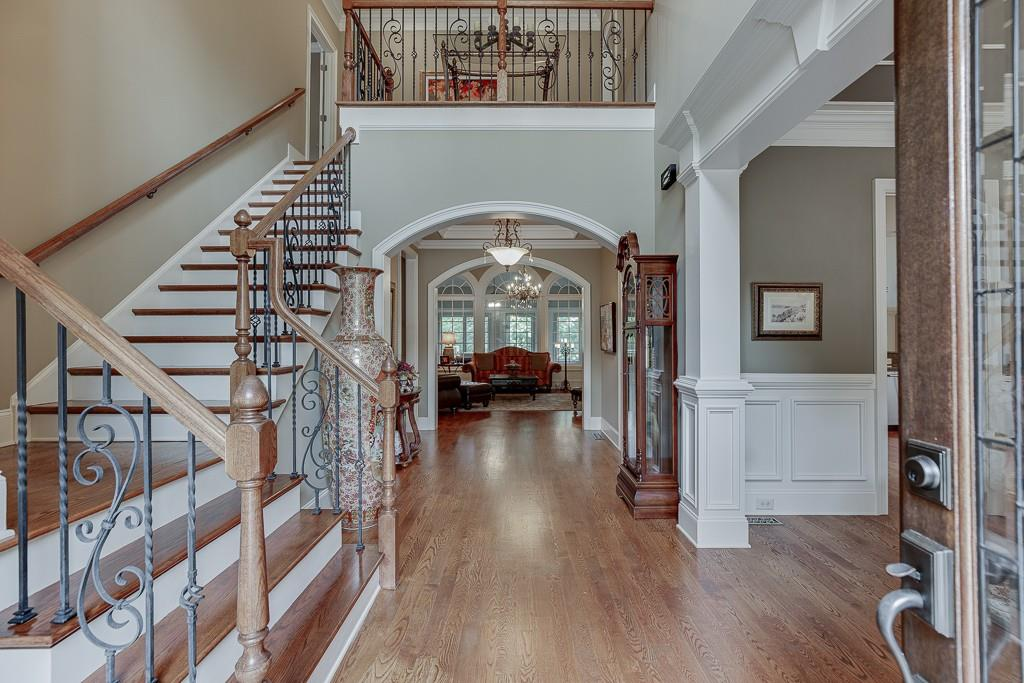 [Sold] 2560 Shumard Oak Drive ($804,900) hallway