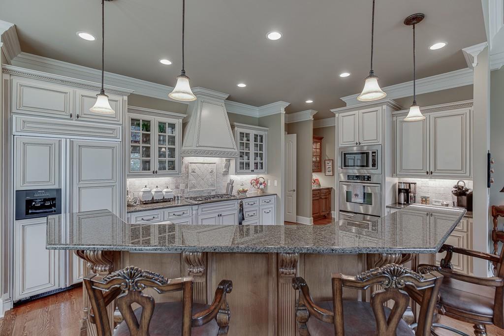 [Sold] 2560 Shumard Oak Drive ($804,900) white kitchen
