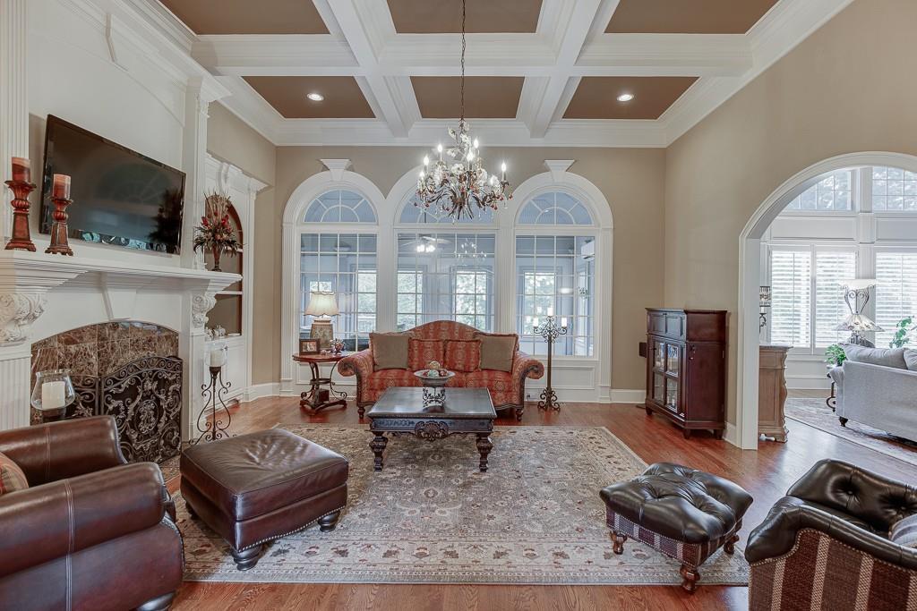 [Sold] 2560 Shumard Oak Drive ($804,900) living room
