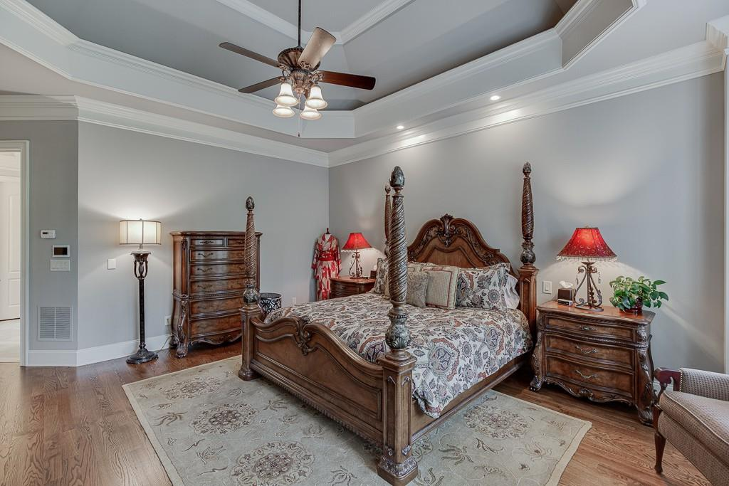 [Sold] 2560 Shumard Oak Drive ($804,900) master bedroom